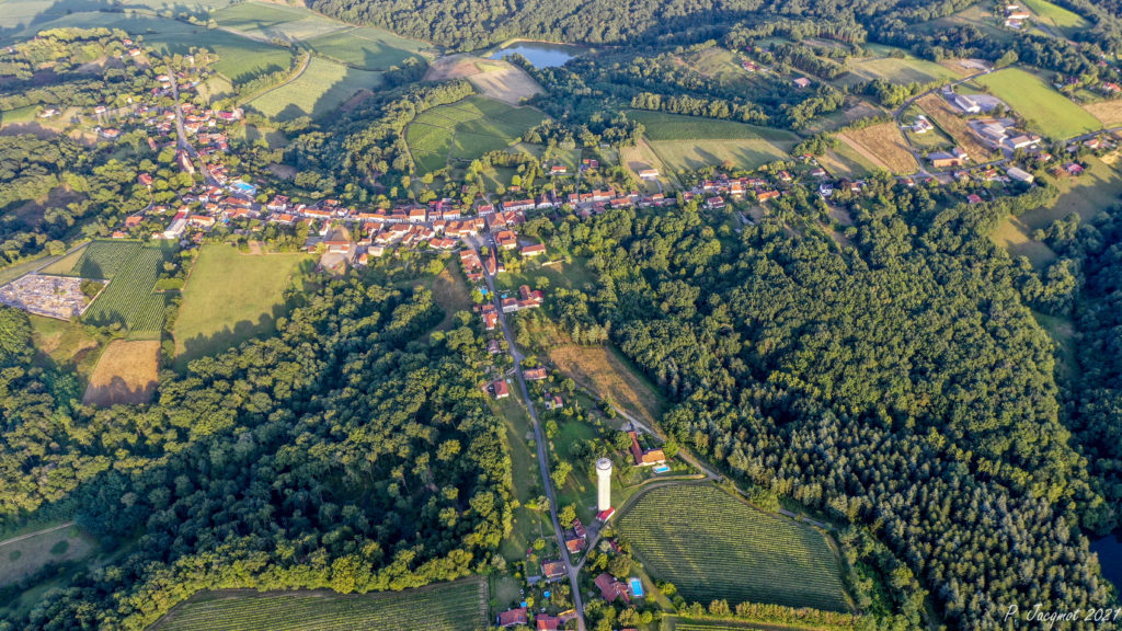 Viella, from the air